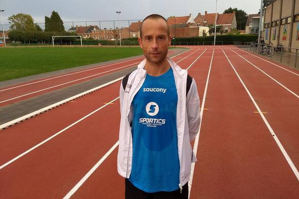 Kurt Vallé mikt in Eindhoven op tijd onder 2u40'