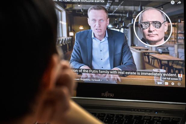 Navalny face à Poutine: le pouvoir russe riposte