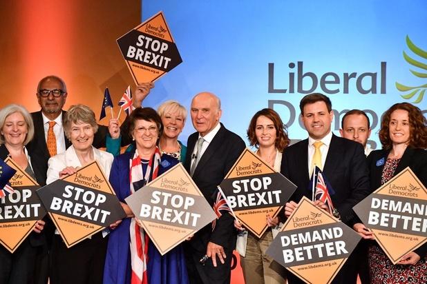 """Européennes au Royaume-Uni : le parti libéral-démocrate adopte le slogan """"Merde au Brexit"""""""