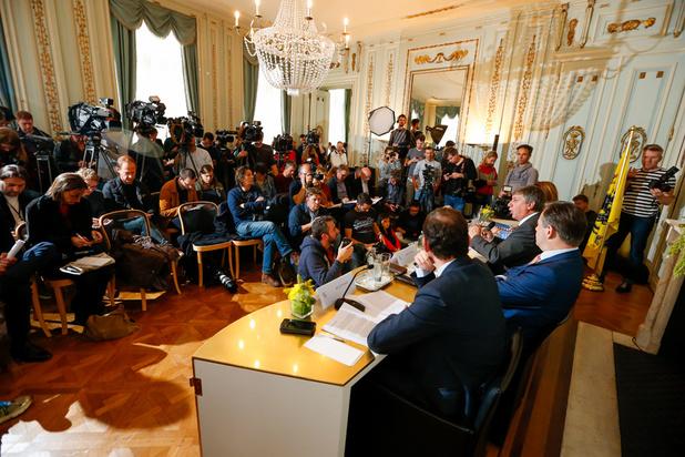 Van hogere drempels voor nieuwkomers tot een Vlaamse minister van Justitie: dit staat in het regeerakkoord van Jambon I