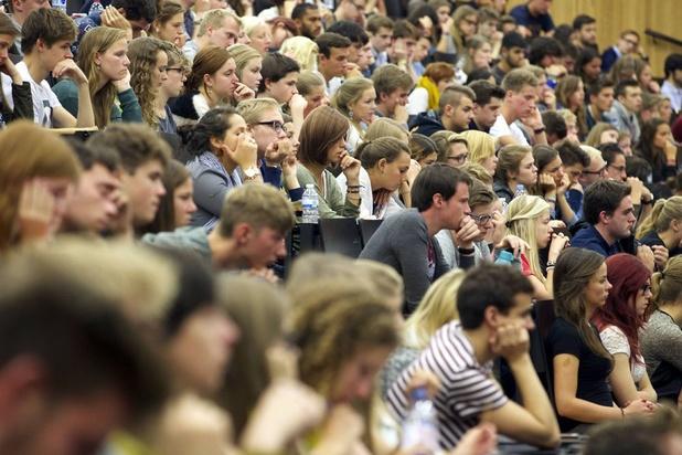 Les 210.000 étudiants du supérieur retrouvent leurs auditoires