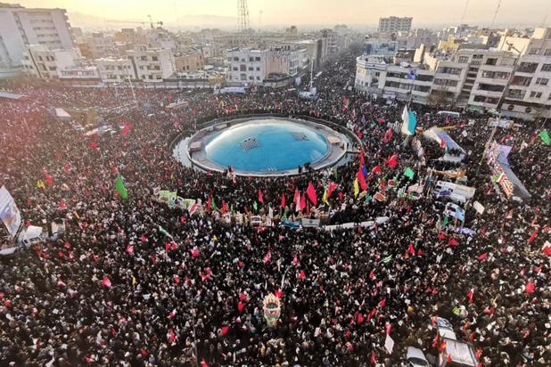 Marée humaine à Téhéran pour rendre hommage au général Soleimani
