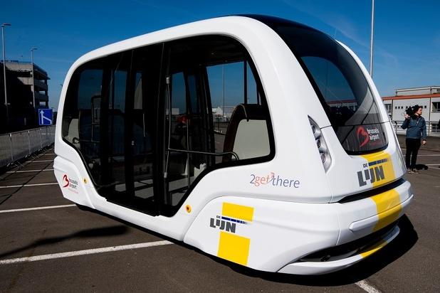 Un bus électrique autoroulant en démonstration à Zaventem (vidéo)