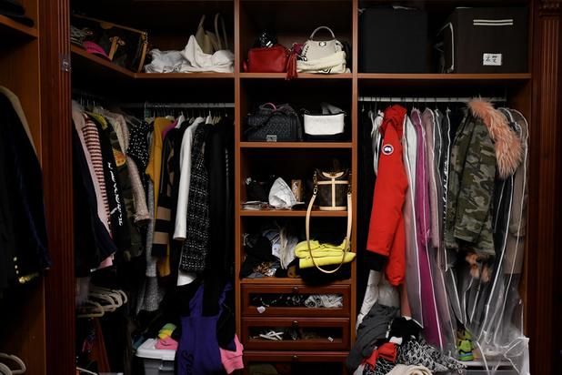 En Chine, des super-rangeurs à la rescousse des acheteurs compulsifs de produits de luxe