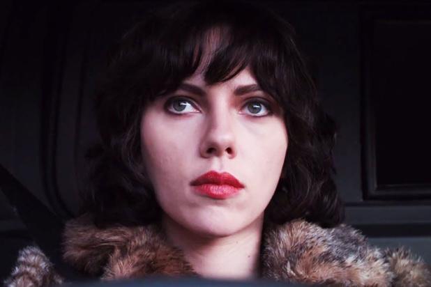 Tv-tip: Scarlett Johansson als flirterig alien in 'Under The Skin'