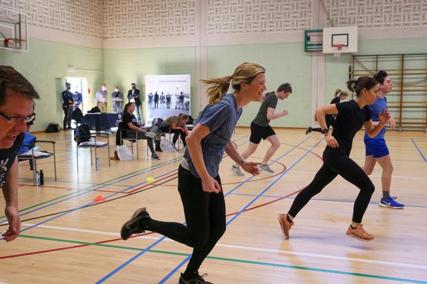 Annelies Verlinden vertement critiquée pour avoir fait du sport à l'intérieur