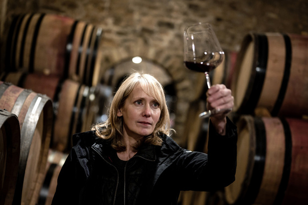 """L'incroyable destin de Jane Eyre : l'ex-coiffeuse gagne """"le Michelin des vins"""""""