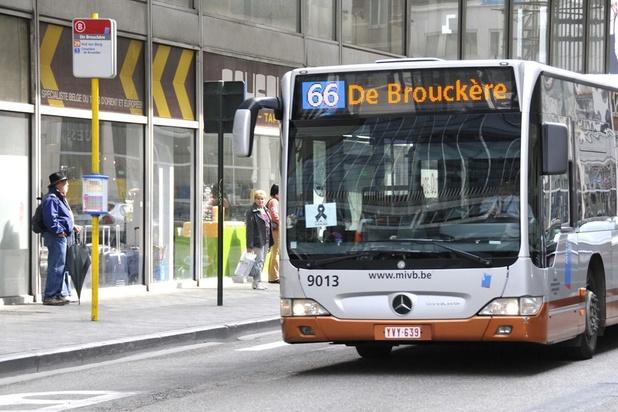 À Bruxelles, on pourra payer par carte dans les transports en commun