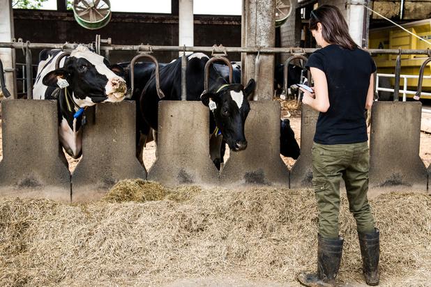 Les agriculteurs voient des avantages aux outils connectés mais restent frileux