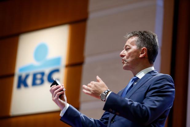 KBC schrapt 1400 jobs in België: 'Geen verplicht collectief ontslag'