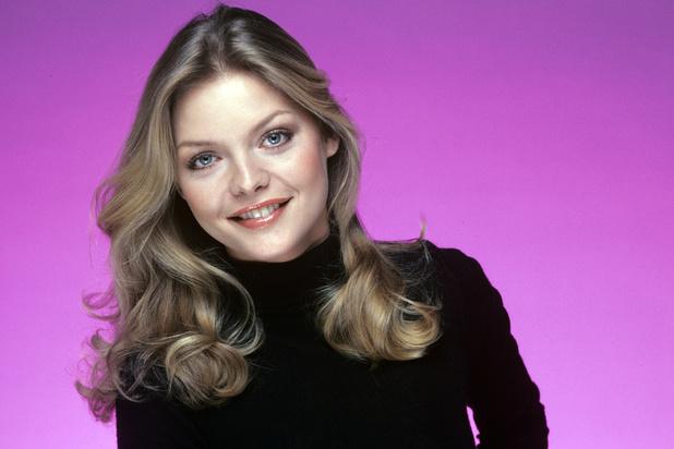 """Michelle Pfeiffer se souvient d'un """"incident"""" avec un ponte d'Hollywood, alors qu'elle n'avait que 20 ans"""