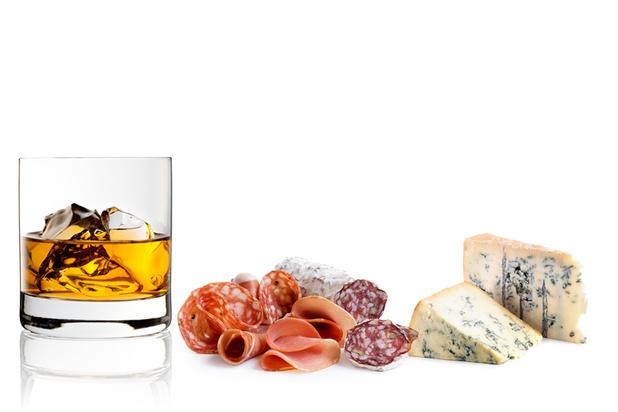 Fromages et whiskies d'Europe seront-ils bientôt taxés en entrant aux Etats-Unis?