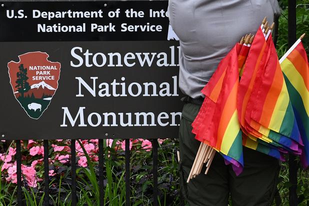 """Cinquante ans après Stonewall, un """"faux sentiment de sécurité"""" dans la communauté gay"""