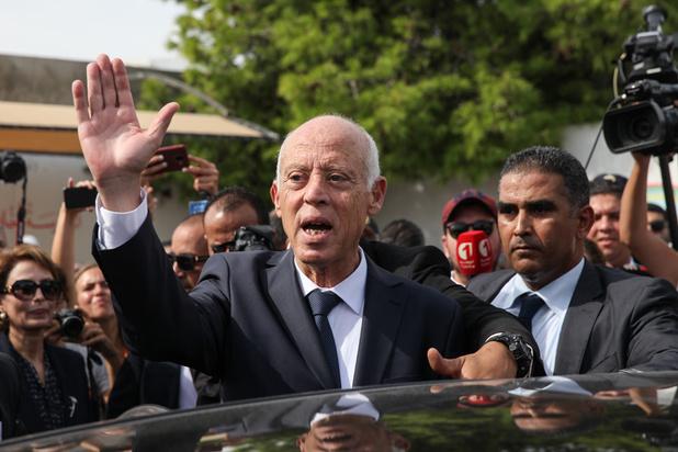 La Tunisie dans l'attente d'un gouvernement, après le coup de force du président Kaïs Saïed
