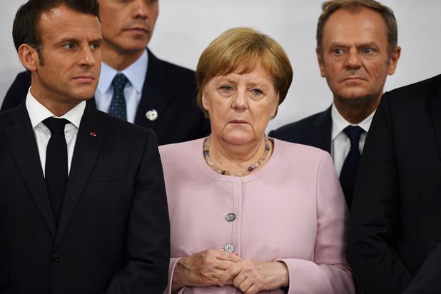 Nuit blanche au sommet de l'UE qui négocie les postes clés