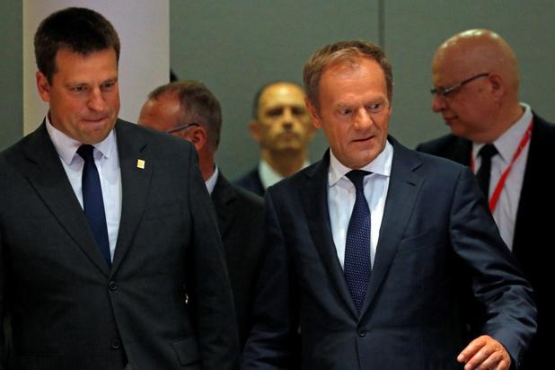 Wachten op witte rook: Tusk voert bilaterale gesprekken op EU-top