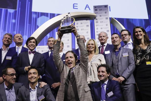 """La société de services informatiques EASI basée à Nivelles, élue """"Entreprise de l'année"""""""