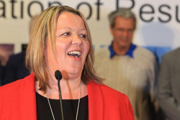 Labour-kandidaat houdt Brexit Party van eerste zetel in Westminster