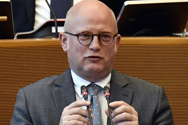 MR-minister: 'Paars-groen misschien makkelijker dan paars-geel'