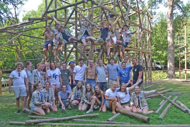 Scouts en gidsen maken zich op voor jaarlijkse fancyfair in Deerlijk
