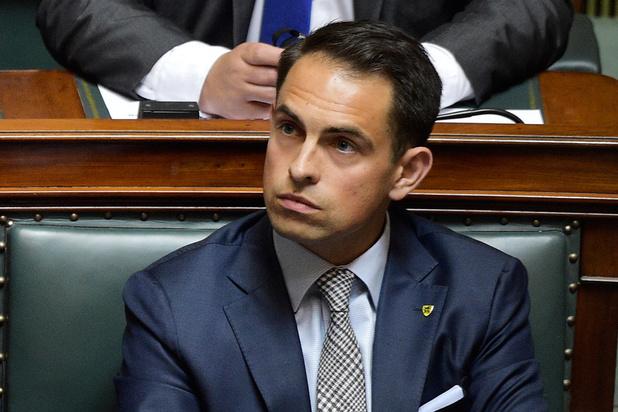 Van Grieken hoopt dat N-VA geen 'bocht van Demir' heeft ingezet