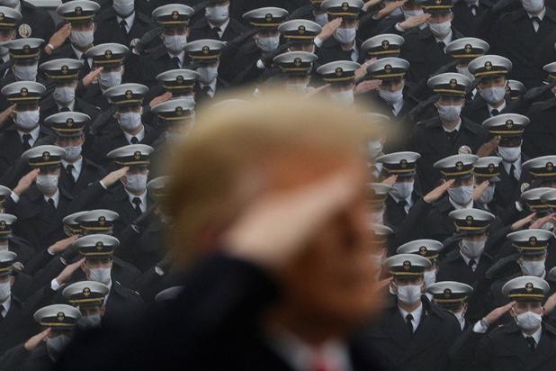 Dix anciens chefs du Pentagone demandent à Trump de ne pas impliquer l'armée