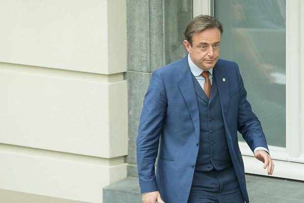 De Wever met fin au couplage entre négociations flamandes et fédérales