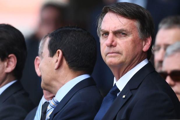 Le rétropédalage du président brésilien Bolsonaro sur la législation des armes à feu