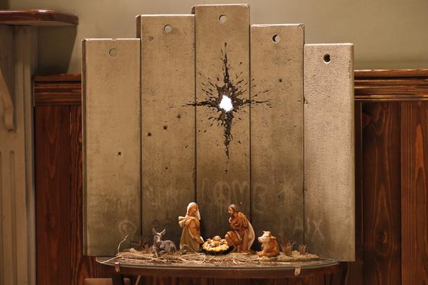 A Bethléem, Banksy expose une crèche de Noël emmurée