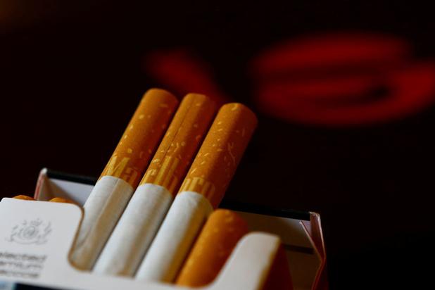 Farmabedrijf aanvaardt controversieel overnamebod van tabaksgigant