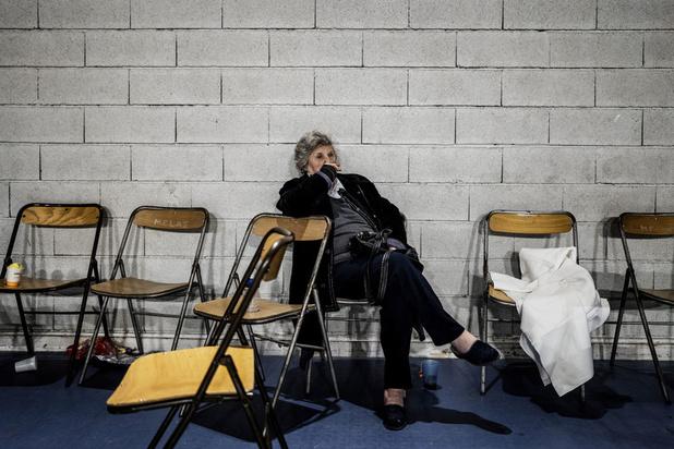 """Spectaculaire séisme en France: des habitants """"un peu perdus"""""""