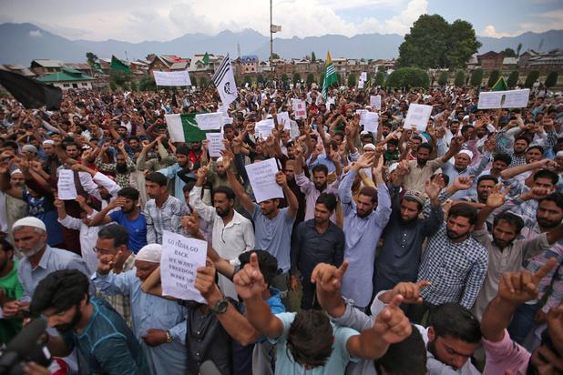 Cachemire indien : heurts entre la police et des centaines de manifestants