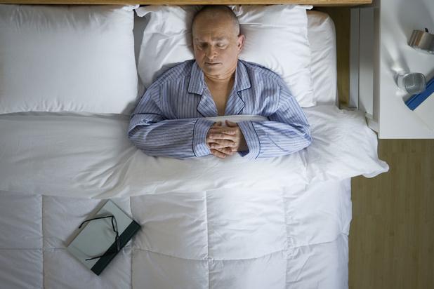 Mysterie van de dag: waarom slapen we korter maar ook oppervlakkiger met het ouder worden?