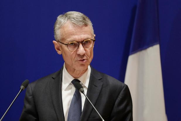 """L'assaillant de la tuerie de la préfecture, un proche de l'islam """"radical"""" au coeur du renseignement"""