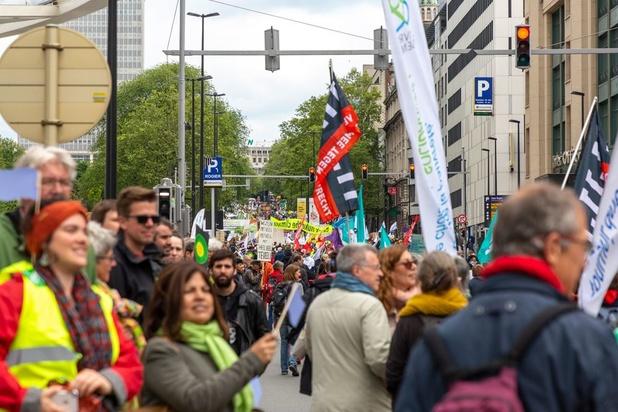 15.000 op Brusselse mars voor het klimaat en sociale rechten