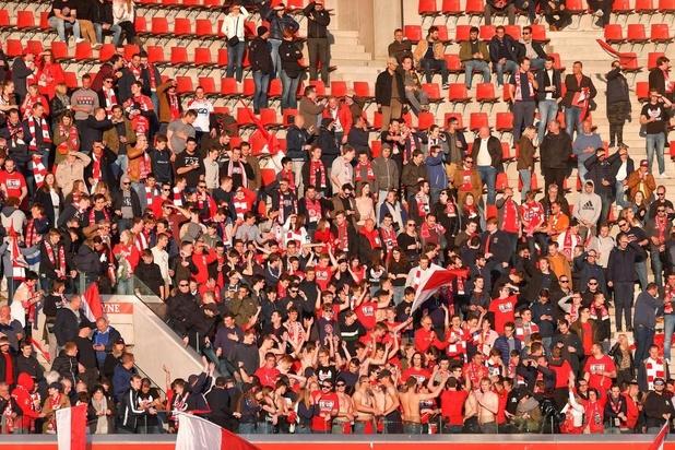 Supportersdelegatie wijst Esseveespelers op hun plichten na 0-5-debacle tegen Kortrijk