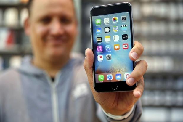 Test Achats lance une action collective contre Apple pour obsolescence programmée