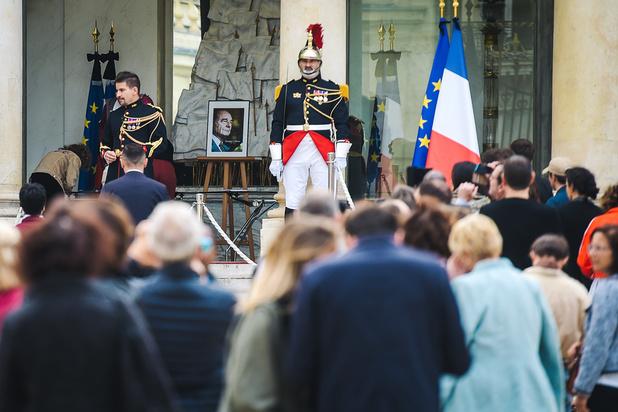 En France, un hommage populaire à Jacques Chirac avant les cérémonies officielles