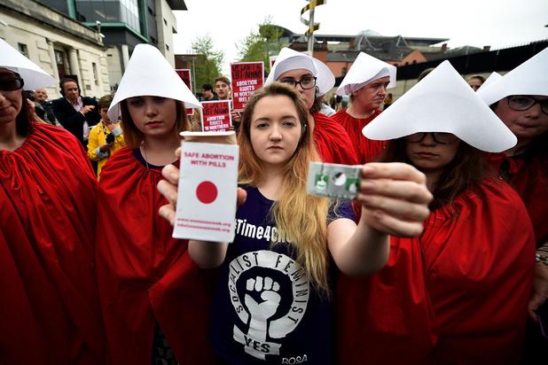 Les députés britanniques votent pour l'accès à l'avortement et au mariage pour tous en Irlande du Nord