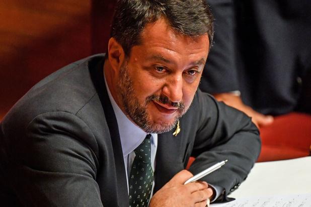 'Zichzelf op de borst kloppen, kan Salvini. Besturen is nog iets anders'