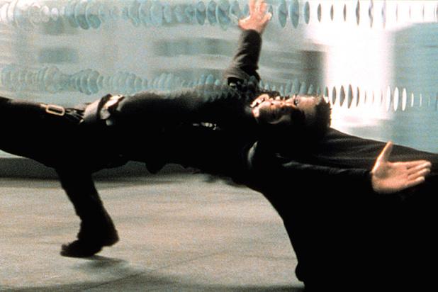 Zo won Keanu Reeves de strijd tegen de zwaartekracht in 'The Matrix'