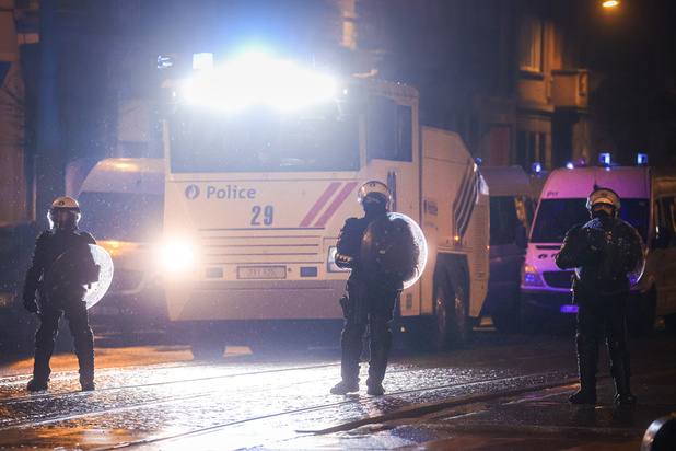 Fortes tensions à Schaerbeek au cours de la manifestation en réaction au décès d'un jeune après son interpellation par la police