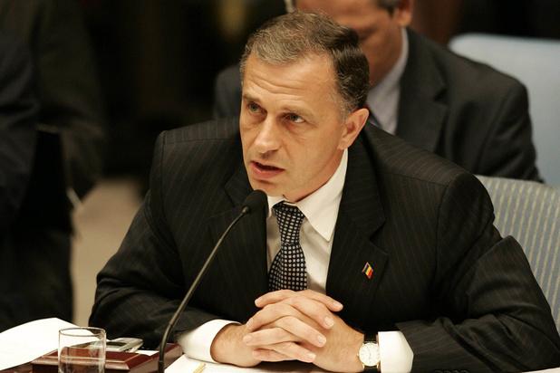 Mircea Geoana, premier Roumain désigné comme n°2 de l'Otan