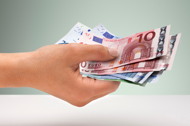 Peu de risque de contagion par les billets en euros