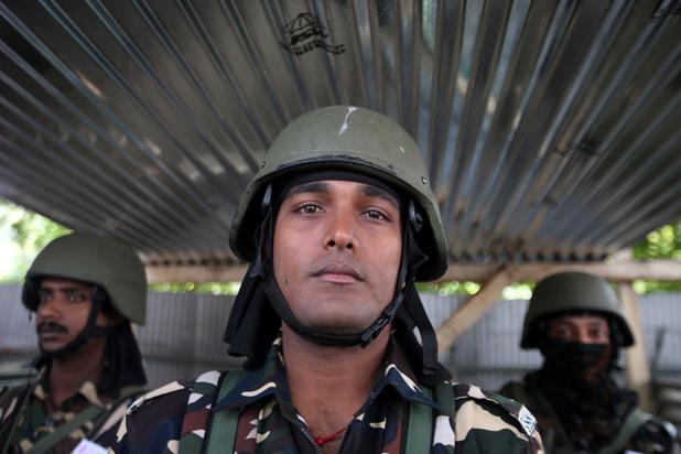 """""""Intenses"""" tirs transfrontaliers indo-pakistanais au Cachemire"""