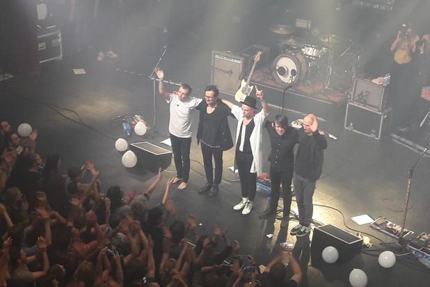 Oostendse rockgroep The Van Jets uitgewuifd in kolkende AB