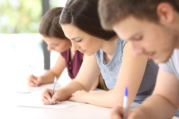 Eén schooljaar middelbaar kost 1.207 euro