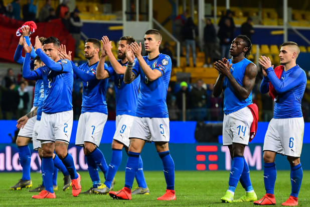 La carton de l'Italie face au Liechtenstein
