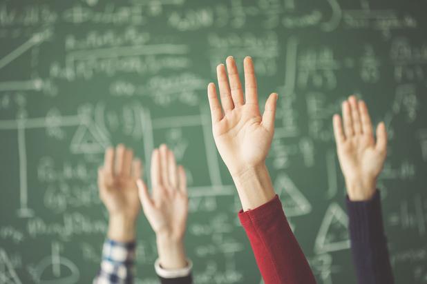 OESO-rapport: België betaalt leerkrachten goed, maar ze staan minder voor de klas dan gemiddeld