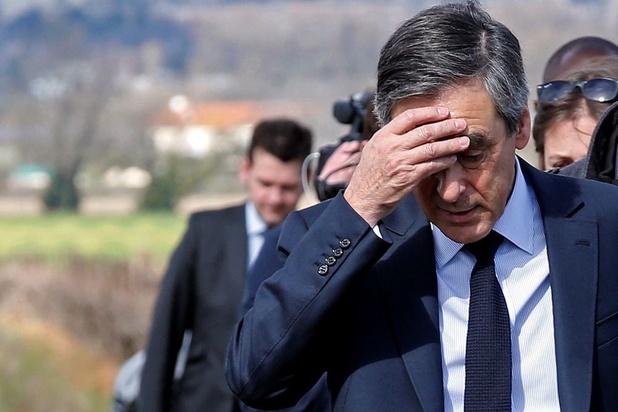 France: les juges ordonnent un procès pour l'ex-Premier ministre François Fillon